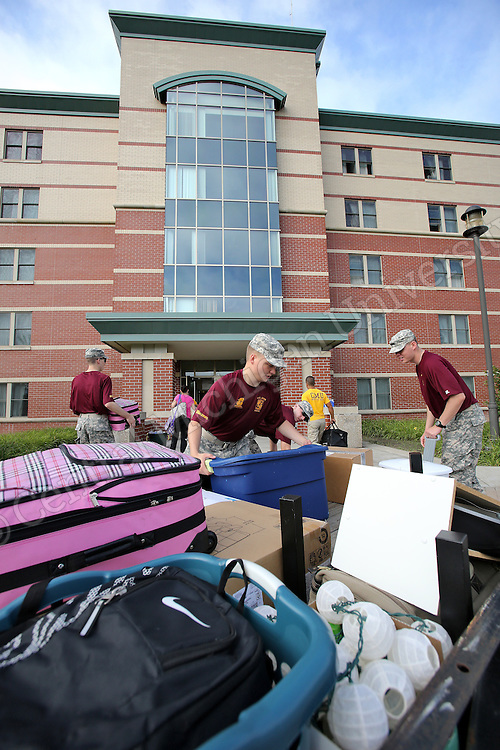 Move in Day 2014 for the fall semester. Photo by Steve Jessmore/Central Michigan University