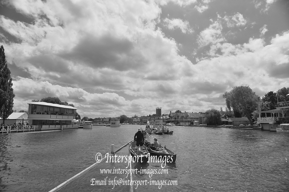 Henley, GREAT BRITAIN,   General Views from the Progress Board, Boat on the booms, Stewards Enclosure, Crews racing through the Stewards Enclosure. 2012 Henley Royal Regatta. Friday  14:14:37  29/06/2012. [Mandatory Credit, Peter Spurrier/Intersport-images] ..Rowing Courses, Henley Reach, Henley, ENGLAND . HRR. . HRR.
