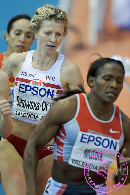 EWELINA SETOWSKA DRYK (POLAND) COMPETES IN 800 METERS WOMEN RUN DURING THE 12TH IAAF WORLD INDOOR CHAMPIONSHIPS IN ATHLETICS VALENCIA 2008 AT PALAU VELODROMO LUIS PUIG..VALENCIA , SPAIN , MARCH 08, 2008.( PHOTO BY ADAM NURKIEWICZ / MEDIASPORT )..PICTURE ALSO AVAIBLE IN RAW OR TIFF FORMAT ON SPECIAL REQUEST.