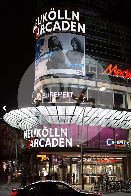 DEUTSCHLAND - BERLIN - Einkaufszentrum 'Neukölln Arcaden' in der Nacht - 17. Februar 2018 © Raphael Hünerfauth - http://huenerfauth.ch