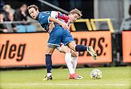 FODBOLD: Patrick Olsen (FC Helsingør) og Frederik Børsting (AaB) under kampen i ALKA Superligaen mellem AaB og FC Helsingør den 15. oktober 2017 på Aalborg Stadion. Foto: Claus Birch