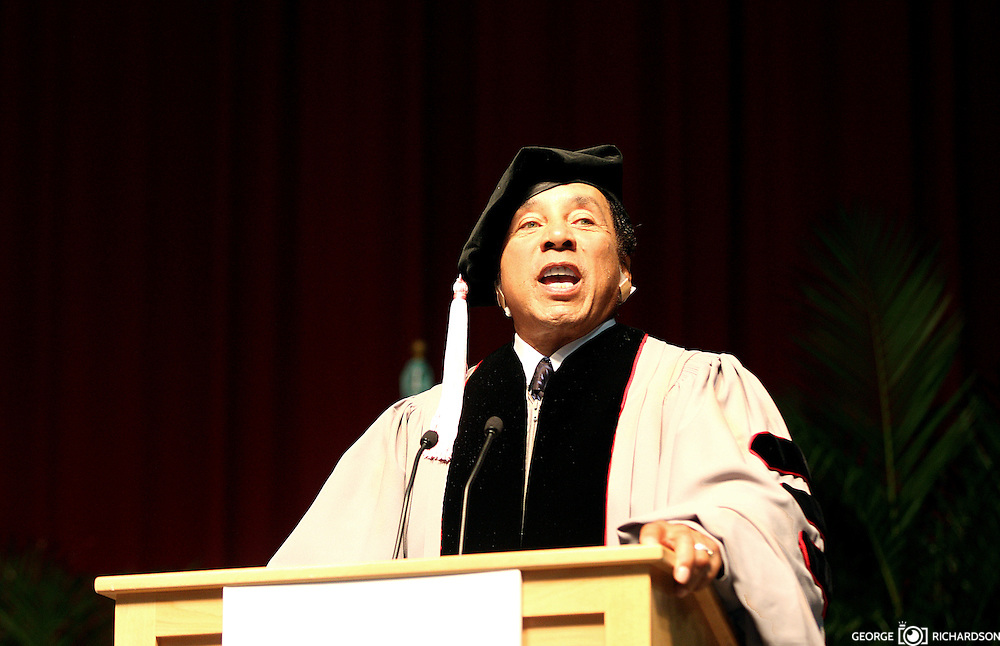 """""""Never ever give up on your dreams, because your dreams are you."""" """".Never, ever get full of yourself. Never, ever think that you're it."""".Smoky Robinson while addressing  the  graduates at  the Berklee's Commencement 2009. Robison receives an honorary degree for his achievements and influence in music. He says..."""