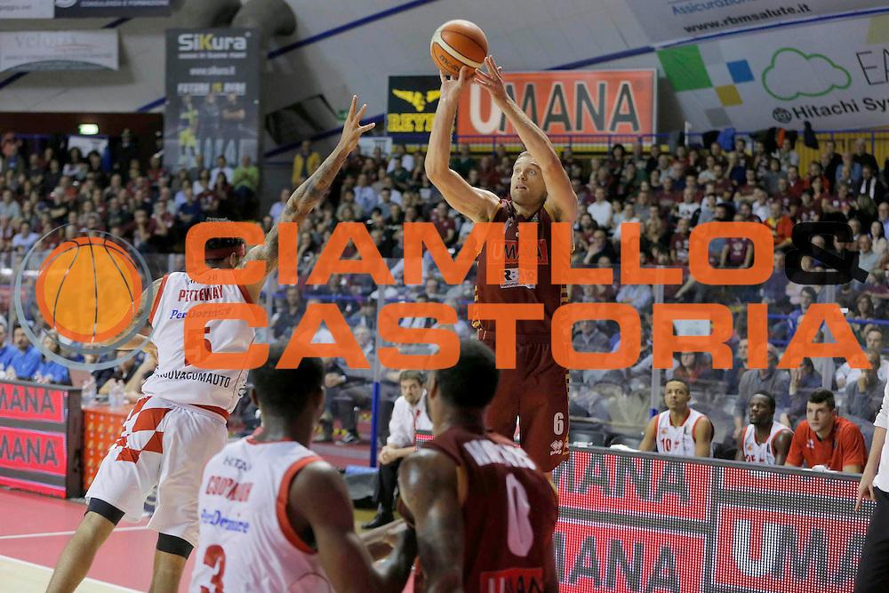 Michael Bramos<br /> Umana Reyer Venezia - Betaland Capo d'Orlando<br /> Lega Basket Serie A 2016/2017<br /> Venezia 09/10/2016<br /> Foto Ciamillo-Castoria