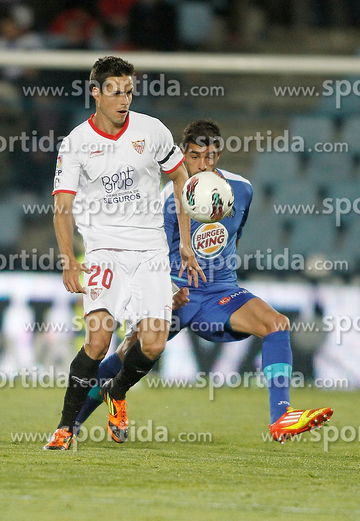 16.04.2012, Stadion Coliseum Alfonso Perez, Getafe, ESP, Primera Division, FC Getafe vs FC Sevilla, 34. Spieltag, im Bild Getafe's Miguel Torres against Sevilla's Manu del Moral // during the football match of spanish 'primera divison' league, 34th round, between FC Getafe and FC Sevillaat Coliseum Alfonso Perez stadium, Getafe, Spain on 2012/04/16. EXPA Pictures © 2012, PhotoCredit: EXPA/ Alterphotos/ Alvaro Hernandez..***** ATTENTION - OUT OF ESP and SUI *****