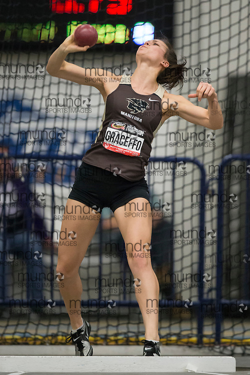 Windsor, Ontario ---2015-03-12--- Amy Graceffo of  Manitoba competes in the heptathlon shot put at the 2015 CIS Track and Field Championships in Windsor, Ontario, March 15, 2015.<br /> GEOFF ROBINS/ Mundo Sport Images