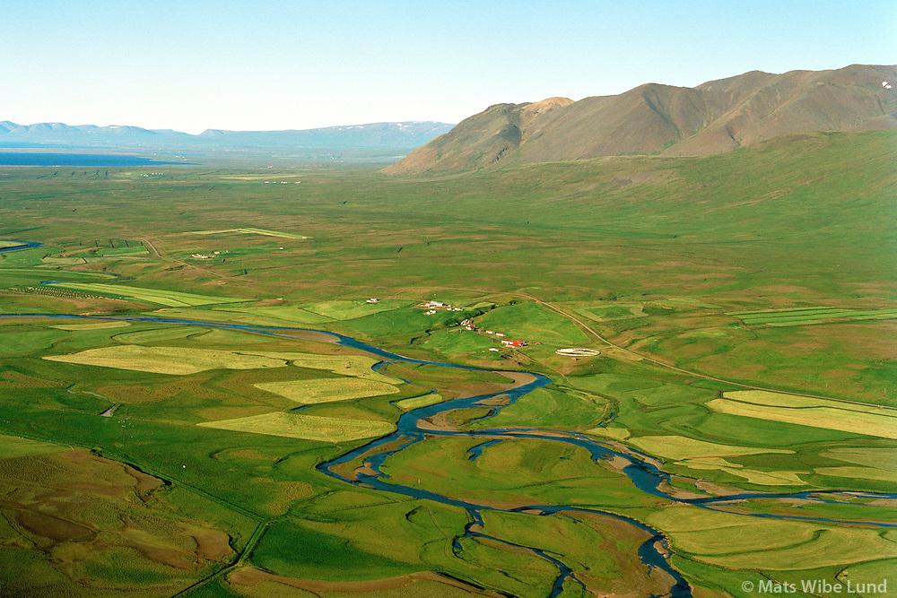 Stóra-Ásgeirsá og Litla-Ásgeirsá séð til norðausturs, Víðidalsá, Þorkelshólshreppur. /.Stora-Asgeirsa and Litla-Asgeirsa viewing northeast, river Vididalsa, Thorkelsholshreppur