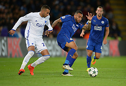 Danny Simpson of Leicester City shields the ball from Youssef Toutouh of FC Copenhagen - Mandatory by-line: Alex James/JMP - 18/10/2016 - FOOTBALL - King Power Stadium - Leicester, England - Leicester City v FC Copenhagen - UEFA Champions League