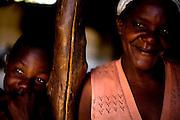 09 de Agosto de 2007.<br /> <br /> Projeto Beira de Estrada<br /> <br /> Rota 05 - Vale do Jequitinhonha e Mucuri<br /> <br /> <br /> FOTO: LEO DRUMOND- AGENCIA NITRO