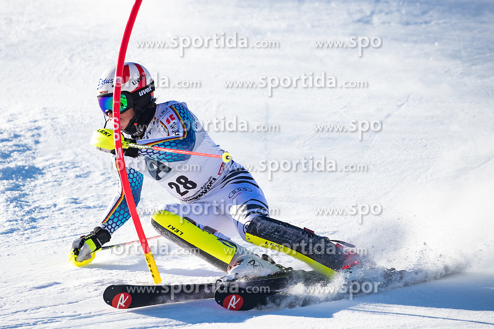 22.01.2017, Hahnenkamm, Kitzbühel, AUT, FIS Weltcup Ski Alpin, Kitzbuehel, Slalom, Herren, 1. Lauf, im Bild Linus Strasser (GER) // Linus Strasser of Germany in action during his 1st run of men's Slalom of FIS ski alpine world cup at the Hahnenkamm in Kitzbühel, Austria on 2017/01/22. EXPA Pictures © 2017, PhotoCredit: EXPA/ Johann Groder