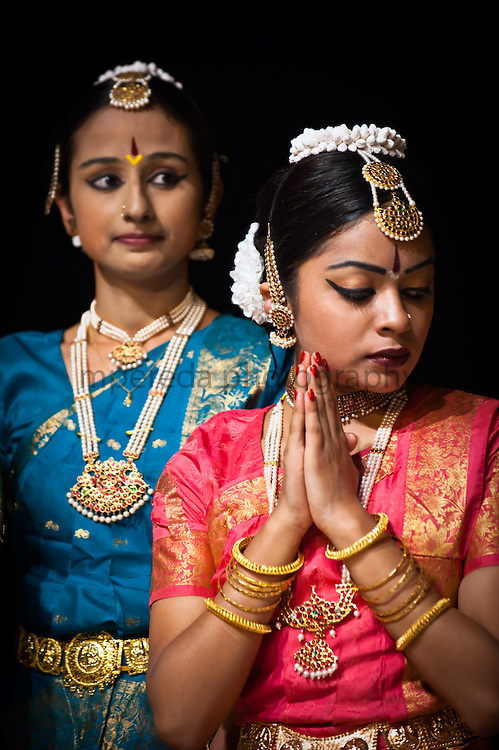 Dancers after a performance in Dasaswamedh Ghat, Varanasi.