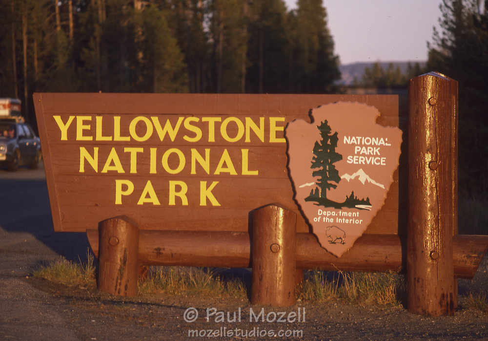 Yellowstone National Park Sign.