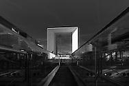 Paris, Arch of La defense, modern district / quartier de la defense