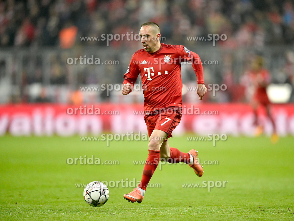 16.03.2016, Allianz Arena, Muenchen, GER, UEFA CL, FC Bayern Muenchen vs Juventus Turin, Achtelfinale, Rueckspiel, im Bild Franck Ribery FC Bayern Muenchen am Ball // during the UEFA Champions League Round of 16, 2nd Leg match between FC Bayern Munich and Juventus FC at the Allianz Arena in Muenchen, Germany on 2016/03/16. EXPA Pictures &copy; 2016, PhotoCredit: EXPA/ Eibner-Pressefoto/ Weber<br /> <br /> *****ATTENTION - OUT of GER*****