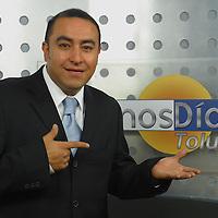 Toluca, Méx.- Felix Garcia, conductor del programa buenos dias de Televisa Toluca. Agencia MVT / Mario Vazquez de la Torre. (DIGITAL)<br /> <br /> NO ARCHIVAR - NO ARCHIVE