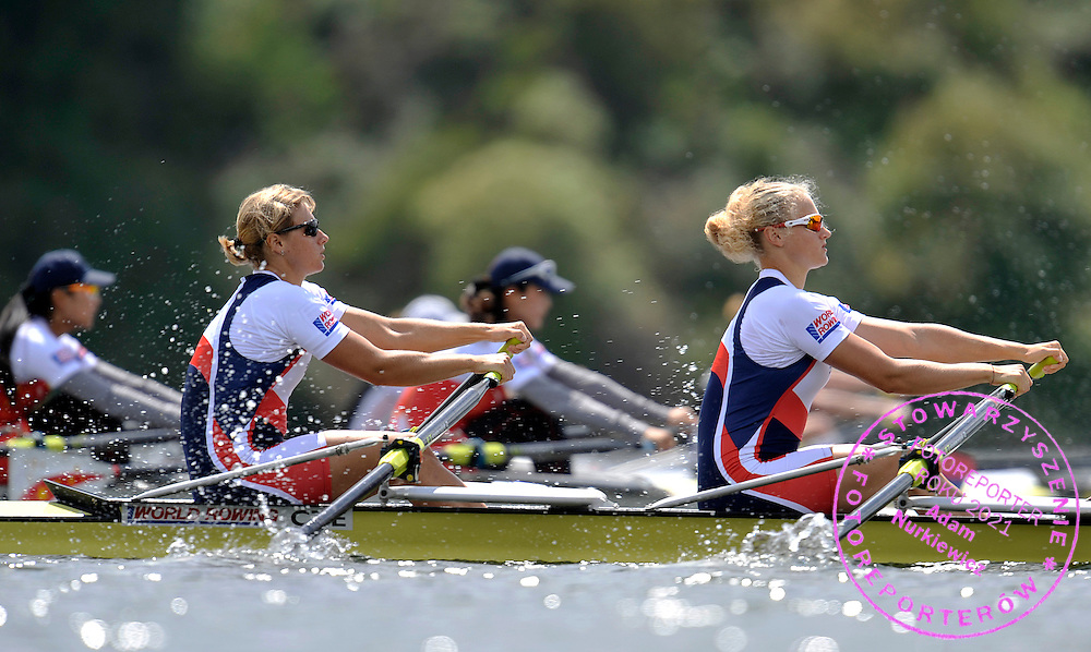 (BOW) JITKA ANTOSOVA & (STROKE) LENKA ANTOSOVA (BOTH CZECH REPUBLIC) COMPETE IN WOMEN'S DOUBLE SCULLS DURING REGATTA WORLD ROWING CHAMPIONSHIPS ON KARAPIRO LAKE IN NEW ZEALAND...NEW ZEALAND , KARAPIRO , NOVEMBER 03, 2010..( PHOTO BY ADAM NURKIEWICZ / MEDIASPORT )..PICTURE ALSO AVAIBLE IN RAW OR TIFF FORMAT ON SPECIAL REQUEST.