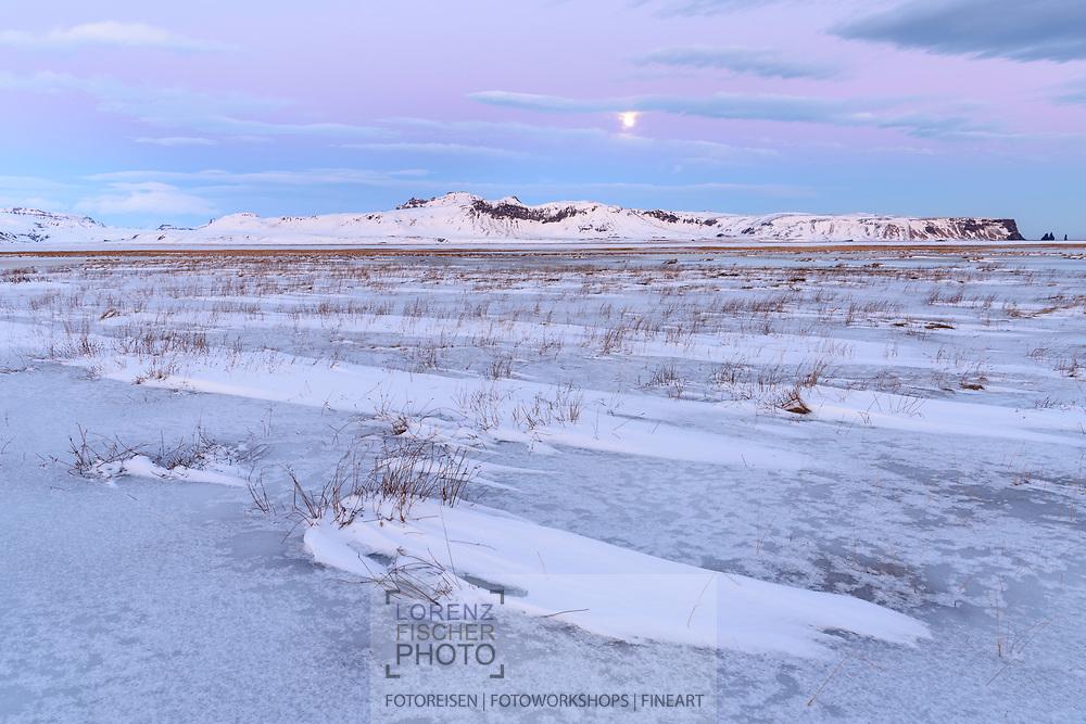 Eindr&uuml;cke bei der Halbinsel Dyrholaey, Vik, Island<br /> <br /> Scenes on the peninsula Dyrholaey, Vik, Iceland