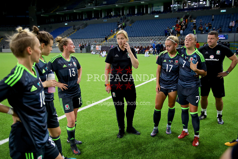 ASTANA, KAZAKHSTAN - Sunday, September 17, 2017: Wales' manager Jayne Ludlow speaks to the players after the 1-0 victory over Kazakhstan during the FIFA Women's World Cup 2019 Qualifying Round Group 1 match between Kazakhstan and Wales at the Astana Arena. (Pic by David Rawcliffe/Propaganda)