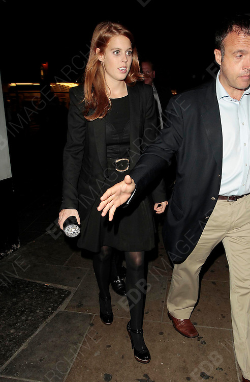 14.OCTOBER.2010. LONDON<br /> <br /> PRINCESS BEATRICE LEAVING BOUJIS NIGHT CLUB IN KNIGHTSBRIDE AT 1.30AM.<br /> <br /> BYLINE: EDBIMAGEARCHIVE.COM<br /> <br /> *THIS IMAGE IS STRICTLY FOR UK NEWSPAPERS AND MAGAZINES ONLY*<br /> *FOR WORLD WIDE SALES AND WEB USE PLEASE CONTACT EDBIMAGEARCHIVE - 0208 954 5968*