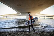 20180207/ Javier Calvelo - adhocFOTOS/ URUGUAY/ MALDONADO/ Laguna Garz&oacute;n / El puente de Laguna Garz&oacute;n es un puente de forma circular, ubicado sobre la Laguna Garz&oacute;n, en Maldonadoy dise&ntilde;ado por el arquitecto uruguayo Rafael Vi&ntilde;oly.<br /> En la foto: Puente de la Laguna Garz&oacute;n, Maldonado. Foto: Javier Calvelo /  adhocFOTOS