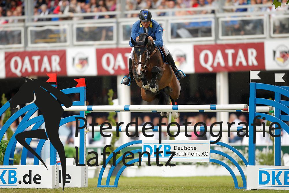 Ahlmann, Christian, Taloubet Z<br /> Wiesbaden - Pfingstturnier 2015<br /> Grosser Preis von Wiesbaden Riders Tour Etappe<br /> © www.sportfotos-lafrentz.de/Stefan Lafrentz