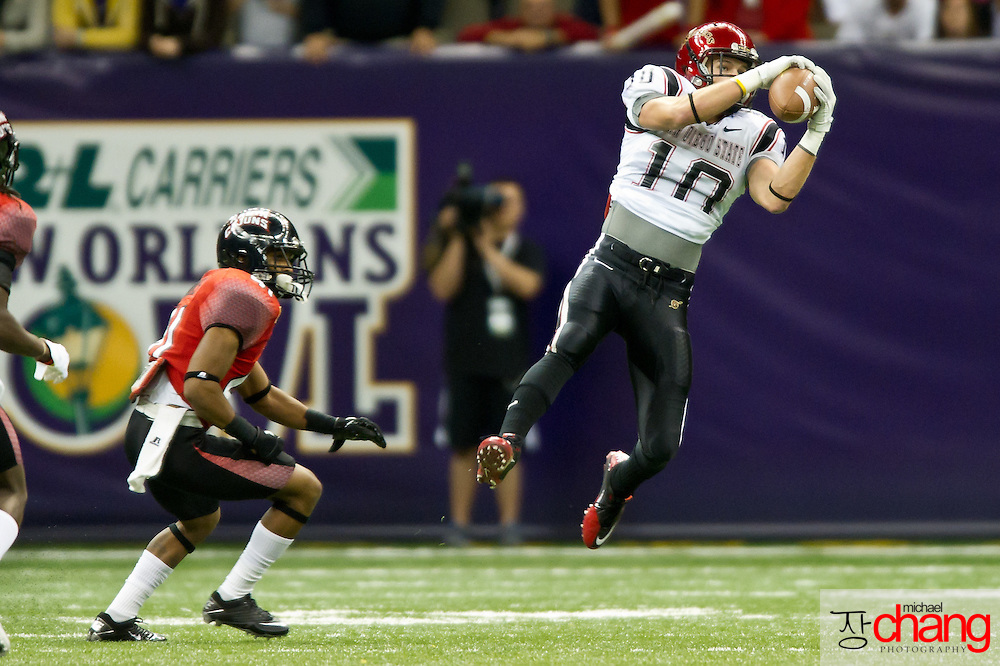 San Diego State's WR Dylan Denso (10) catches a pass for a first down during the R+L Carriers New Orleans Bowl at the Mercedes-Benz Superdome.  Louisiana-Lafayette defeated San-Diego State 32-30. (Copyright Michael Chang)