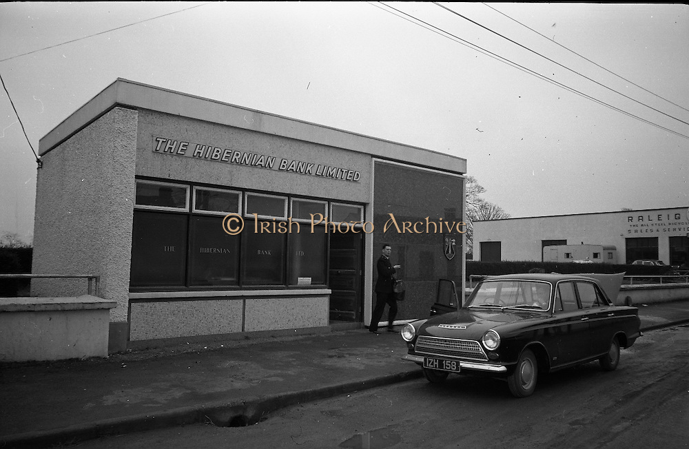 Hibernian Bank sub-office at Dunshaughlin..1965..13.03.1965..03.13.1965..13th March 1965..The Hibernian Bank sub-office at Dunshaughlin, Co. Meath was broken into lat night, it has not yet been determined how much money the raiders managed to escape with.