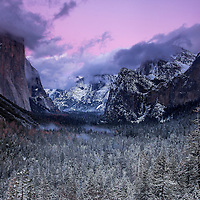 After sunset at Tunnel View in Yosemite National Park
