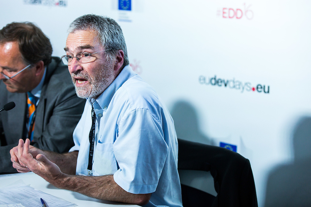 20160616 - Brussels , Belgium - 2016 June 16th - European Development Days - Investing in African fragile states - Who should adapt , investors or countries? - Phil Vernon , Director of Programmes , International Alert © European Union