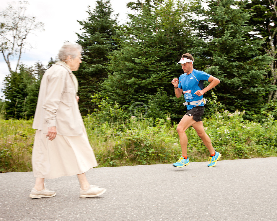 Great Cranberry Island Ultra 50K road race: Lee leading