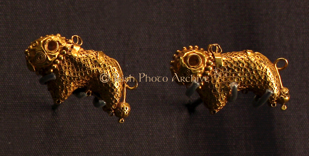 Byzantine jewellers used many decorative techniques, including filigree, granulation, openwork and relief work.  Sheep filigree work, from Istanbul.