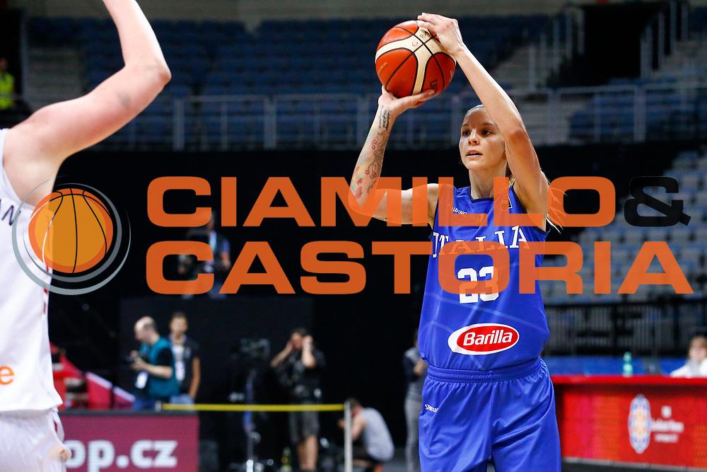 Sabrina Cinili<br /> Italia - Belgio<br /> Nazionale Femminile Senior - EUROBASKET 2017 - Quarti di Finale<br /> O2 Arena, Praga, 22/06/2017<br /> Foto Ciamillo-Castoria / M.Brondi