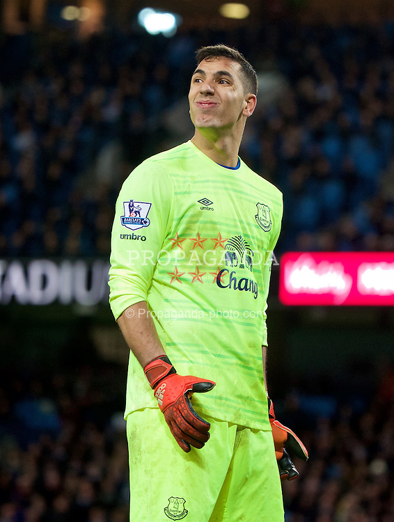 MANCHESTER, ENGLAND - Wednesday, January 27, 2016: Everton's goalkeeper Joel Robles looks dejected as Manchester City score the second goal during the Football League Cup Semi-Final 2nd Leg match at the City of Manchester Stadium. (Pic by David Rawcliffe/Propaganda)