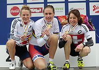 Sykkel <br /> 29.06.2013<br /> Kirchberg Østerrike<br /> Foto: Gepa/Digitalsport<br /> NORWAY ONLY<br /> <br /> UCI Weltmeisterschaften Marathon, Damen, Siegerehrung. Bild zeigt den Jubel von Sally Bigham (GBR), Gunn-Rita Dahle Flesjå (NOR) und Esther Suess (SUI).
