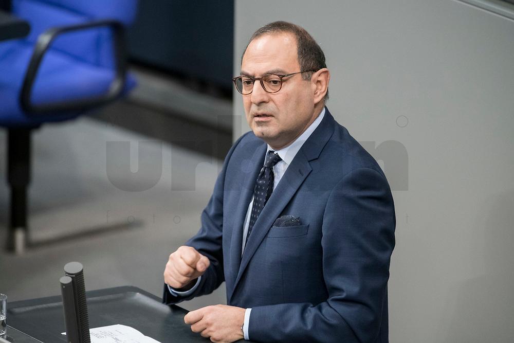 14 FEB 2019, BERLIN/GERMANY:<br /> Grigorios Aggelidis, MdB, FDP, Bundestagsdebatte, Plenum, Deutscher Bundestag<br /> IMAGE: 20190214-01-021<br /> KEYWORDS: Bundestag, Debatte