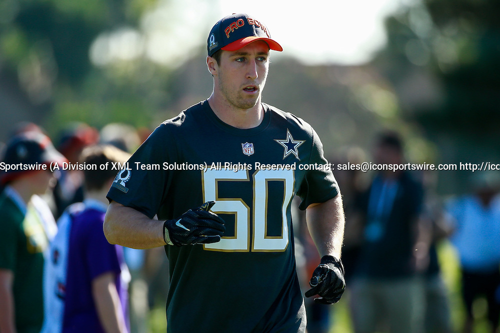 January 29 2016: Team Irvin Sean Lee warms up for Pro Bowl practice at Turtle Bay Resort on Oahu, HI. (Photo by Aric Becker/Icon Sportswire)
