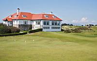 NEWCASTLE NORTHERN IRELAND-  Clubhuis.    , ROYAL COUNTY DOWN GC.  COPYRIGHT KOEN SUYK