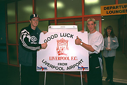 LIVERPOOL, ENGLAND - Monday, September 11, 1995: Liverpool's Steve McManaman and Robbie Fowler at Liverpool Airport before travelling to Russia ahead of the UEFA Cup 1st Round 1st Leg match against FC Alania Spartak Vladikavkaz. (Photo by David Rawcliffe/Propaganda)