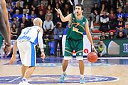 DESCRIZIONE : Eurocup 2014/15 Last32 Dinamo Banco di Sardegna Sassari -  Banvit Bandirma<br /> GIOCATORE : Safak Edge<br /> CATEGORIA : Palleggio Schema Mani<br /> SQUADRA : Banvit Bandirma<br /> EVENTO : Eurocup 2014/2015<br /> GARA : Dinamo Banco di Sardegna Sassari - Banvit Bandirma<br /> DATA : 11/02/2015<br /> SPORT : Pallacanestro <br /> AUTORE : Agenzia Ciamillo-Castoria / Luigi Canu<br /> Galleria : Eurocup 2014/2015<br /> Fotonotizia : Eurocup 2014/15 Last32 Dinamo Banco di Sardegna Sassari -  Banvit Bandirma<br /> Predefinita :
