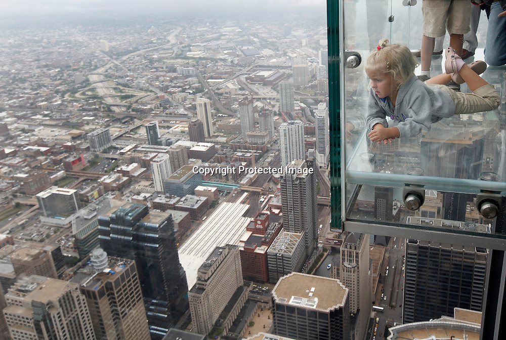 Anna Kane 5 Of Alton Illinois Looks Out Over The City From