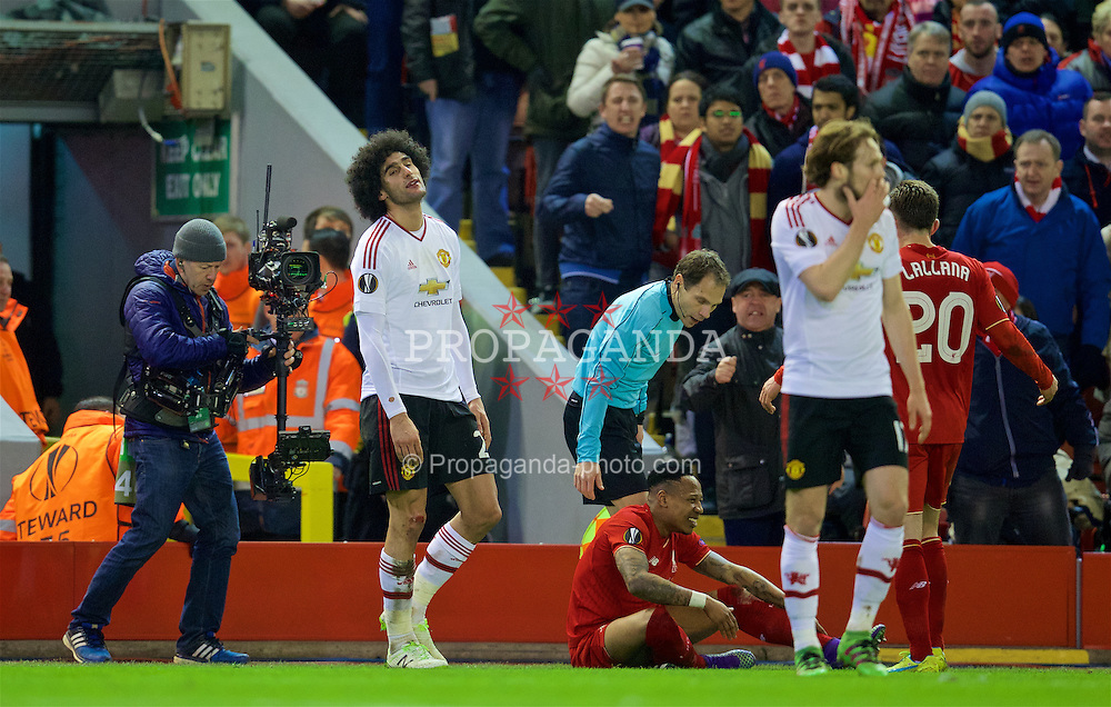 LIVERPOOL, ENGLAND - Thursday, March 10, 2016: Manchester United's Marouane Fellaini argues with the assistant referee during the UEFA Europa League Round of 16 1st Leg match against Liverpool at Anfield. (Pic by David Rawcliffe/Propaganda)