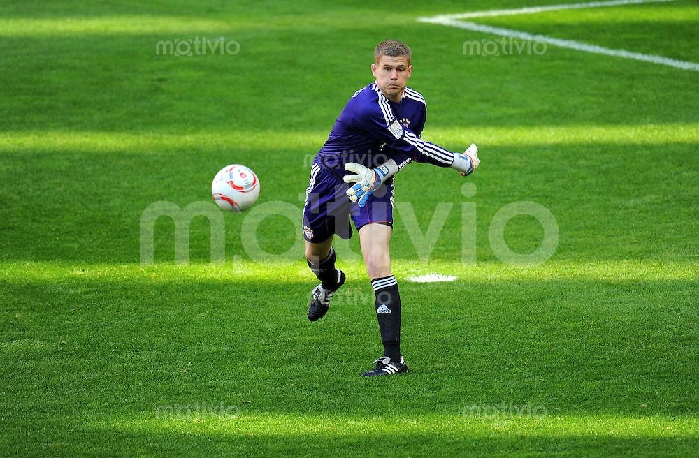 Fussball 1. Bundesliga :  Saison   2010/2011   28. Spieltag  02.04.2011 FC Bayern Muenchen - Borussia Moenchengladbach Thomas Kraft (FC Bayern Muenchen)
