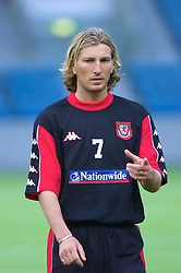 OSLO, NORWAY - Monday, September 3, 2001: Wales' Robbie Savage during training at the Ullevaal Stadion in Oslo ahead of his side's FIFA World Cup 2002 Qualifying Group 5 match against Norway. (Pic by David Rawcliffe/Propaganda)