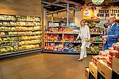 Koningin Maxima ontmoet vitale sectoren in Nijmegen