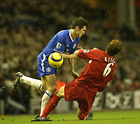 Fotball<br /> Premier League England 2004/2005<br /> Foto: SBI/Digitalsport<br /> NORWAY ONLY<br /> <br /> Liverpool v Chelsea<br /> FA Barclays Premiership, Anfield, 01/01/05<br /> <br /> Liverpool's John Arne Riise and Chelsea's Frank Lampard