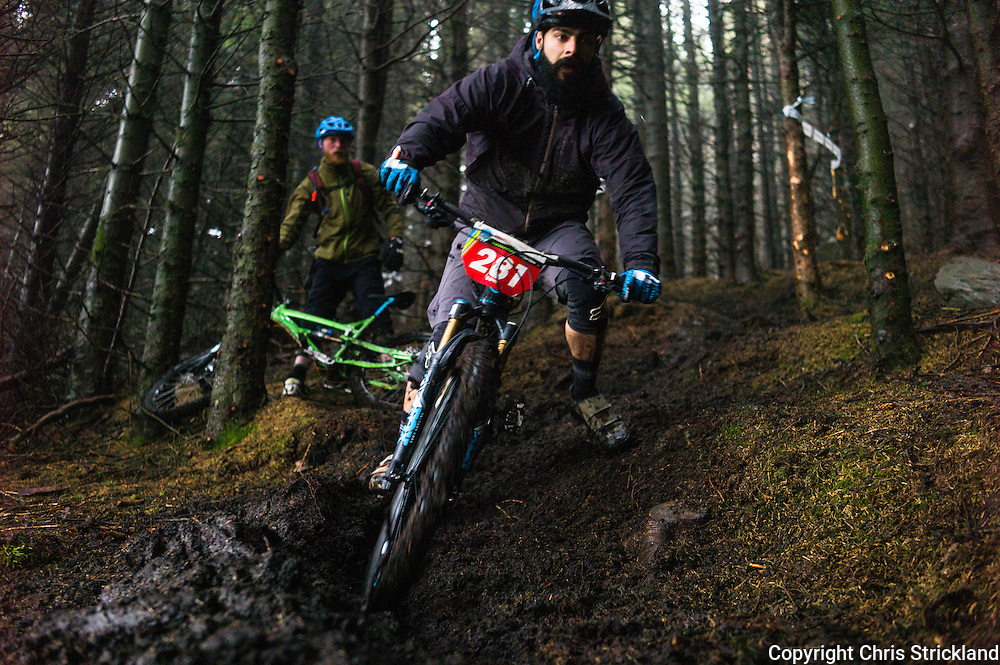 Glentress, Peebles, Scotland, UK. 31st May 2015. Tom Dowie in action on Stage 5 of The Enduro World Series Round 3 taking place on the iconic 7Stanes trails during Tweedlove Festival.