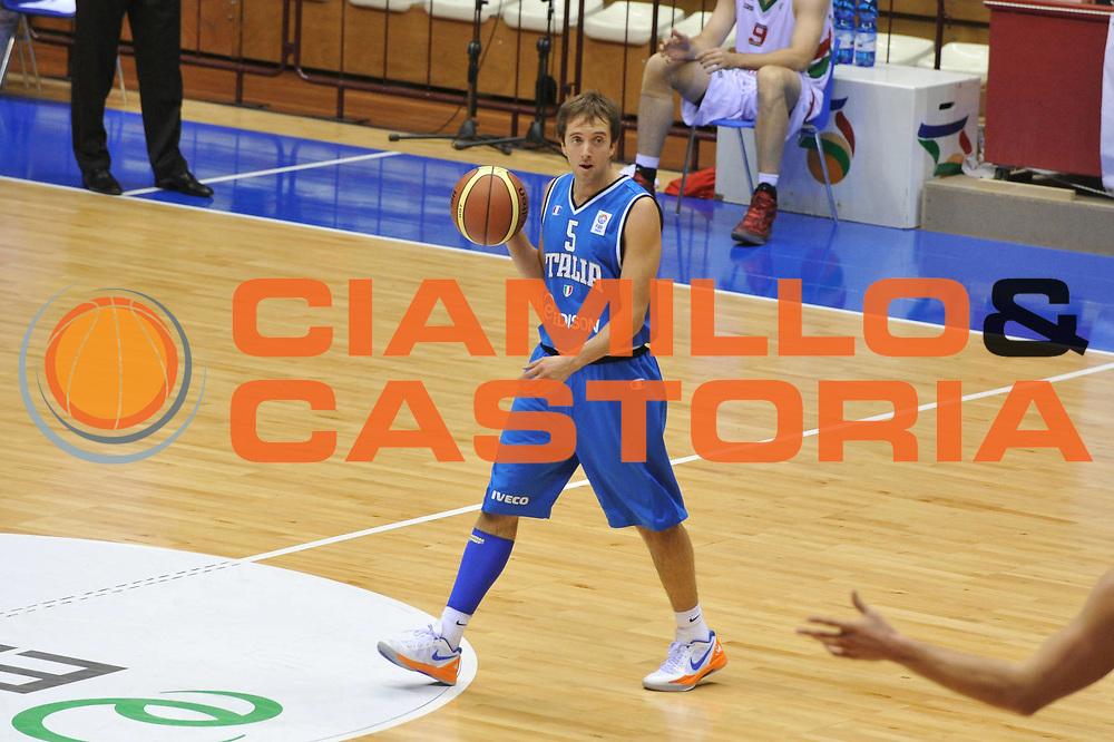 DESCRIZIONE : Trieste Qualificazioni Europei 2013 Italia Bielorussia<br /> GIOCATORE : daniele cavaliero<br /> CATEGORIA : palleggio<br /> EVENTO : Qualificazioni Europei 2013<br /> GARA : Italia Bielorussia<br /> DATA : 08/09/2012 <br /> SPORT : Pallacanestro <br /> AUTORE : Agenzia Ciamillo-Castoria/M.Gregolin<br /> Galleria : Fip Nazionali 2012 <br /> Fotonotizia : Trieste Qualificazioni Europei 2013 Italia Bielorussia<br /> Predefinita :
