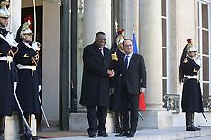 Paris: Francois Hollande Meets With Namibia's President Hage Geingob, 28 Nov. 2016