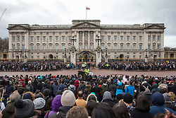 © Licensed to London News Pictures. 4/03/2018. London, UK. Buckingham Palace today surrounded with visitors as the snow has melted. Large parts of the UK are recovering from a week of sub zero temperatures and heavy snowfall, following two severe cold fronts.. Photo credit: Rob Pinney/LNP