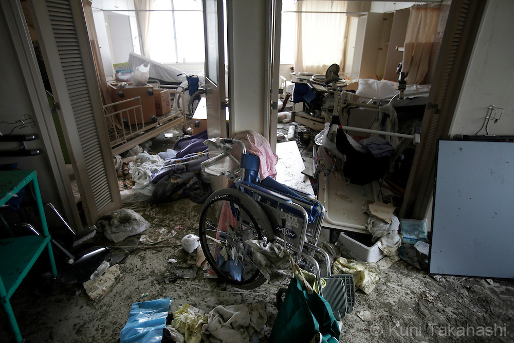 Debris piled up at a hospital in MInamisanriku, Miyagi, Japan on March 31, 2011 after massive earthquake and tsunami hit northern Japan. More than 20,000 were killed by the disaster on March 11.<br /> Photo by Kuni Takahashi