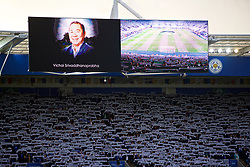 LEICESTER, ENGLAND - Saturday, November 10, 2018: Leicester City supporters stand for a minute's silence for Armistice Day, and also Leicester City's chairman Vichai Srivaddhanaprabha, who died in a helicopter crash on Oct 27, before the FA Premier League match between Leicester City FC and Burnley FC at the King Power Stadium. (Pic by David Rawcliffe/Propaganda)